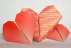 hacer un corazon con una hoja de papel: